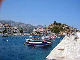 Hafenmole in Kokkari, Insel Samos Griechenland
